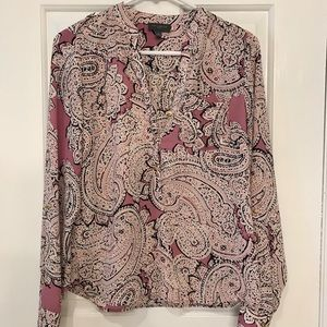 Limited Size S Paisley Blouse great for Spring!!🌷